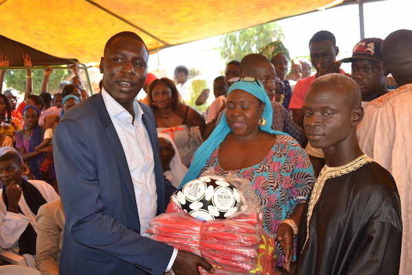 Les images de la journée de solidarité organisée au quartier Keur Ablaye Yakhine Diop de Thiès par Abdoulaye FALL