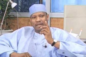 """L'opposant Hama Amadou arrêté """"dès sa descente d'avion"""" à son retour au Niger"""