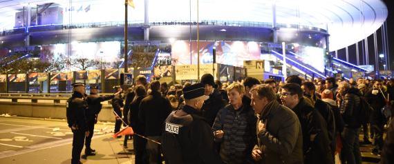 Attentats de Paris : Le mystère du comportement des kamikazes au Stade de France