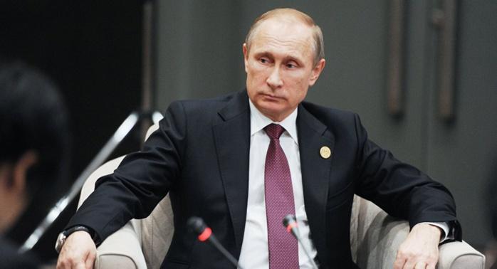 Poutine appelle à créer une large coalition antiterroriste