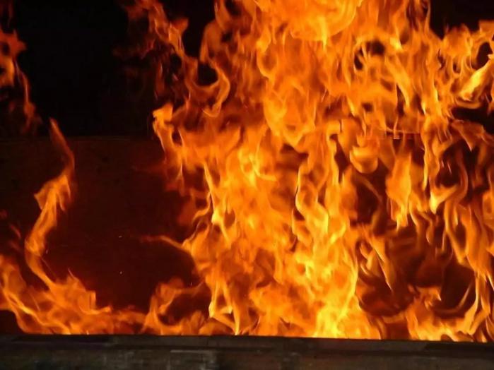 Koumpentoum : Un violent incendie fait un mort à Darou Salam Lewe