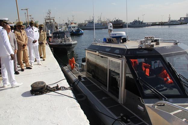 COOPÉRATION MILITAIRE ÉTATS-UNIS / SÉNÉGAL : Le Gouvernement américain offre deux patrouilleurs marins au Sénégal