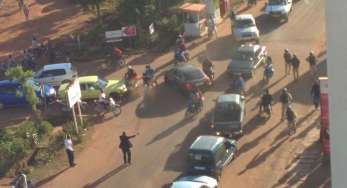 138 otages toujours retenus par les assaillants dans l'hôtel de Bamako
