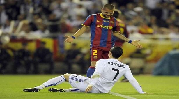 """Dani Alves : """" Je m'en fiche de Cristiano Ronaldo """""""