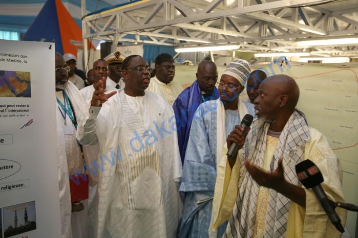 Touba : Macky Sall visite des stands exposant sur le Mouridisme