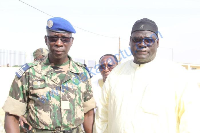 Inauguration de l'escadron de surveillance de Touba : Serigne Bass Khadim Awa Ba en compagnie du Colonel Moussa Fall, Gouverneur militaire du palais