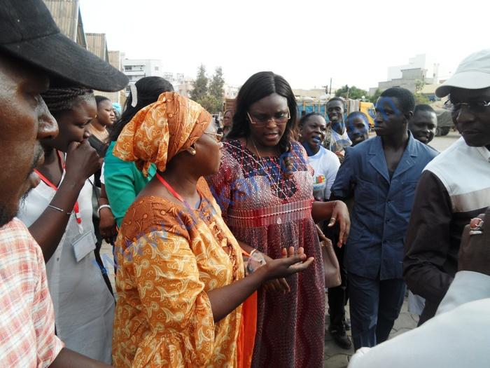 Les images exclusives de la visite de Marième Faye Sall à la Foire de Dakar
