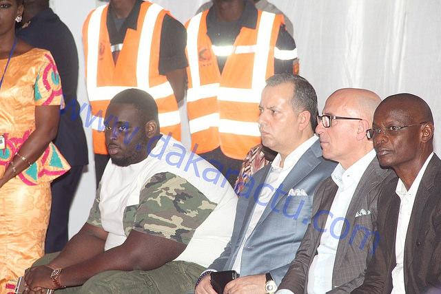 Amadou, le fils du président Macky Sall en compagnie des invités de son père
