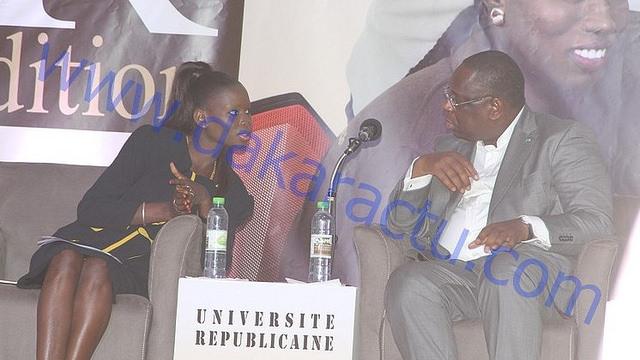 Université républicaine : Le président Macky Sall en pleine discussion avec la coordonnatrice de la COJER Thérèse Faye Diouf