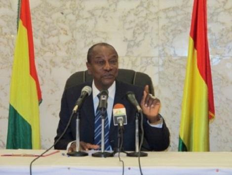 Guinée : Le gouvernement démissionne