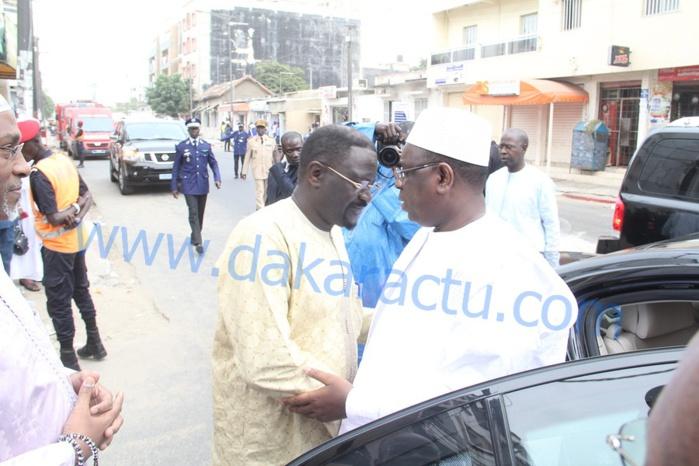 Le président de la République Macky Sall chez le ministre Papa Abdoulaye Seck pour lui présenter ses condoléances (IMAGES)