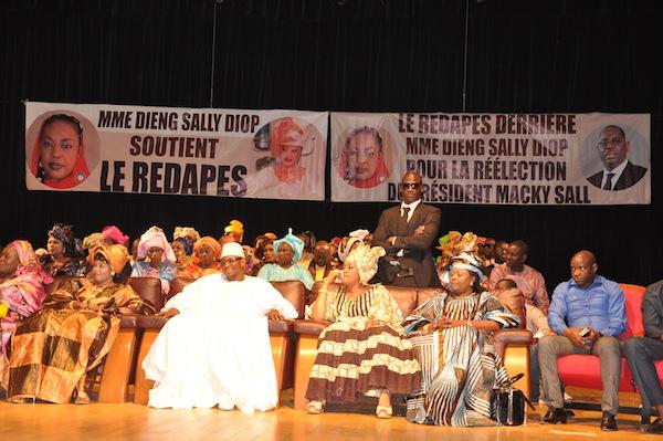 Lancement des activités de développement du REDAPES : Le ministre Moustapha Diop adoubé par les femmes de réseau de tous les départements
