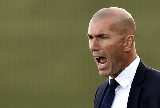 Officiel : Zidane remplace Benitez au Real