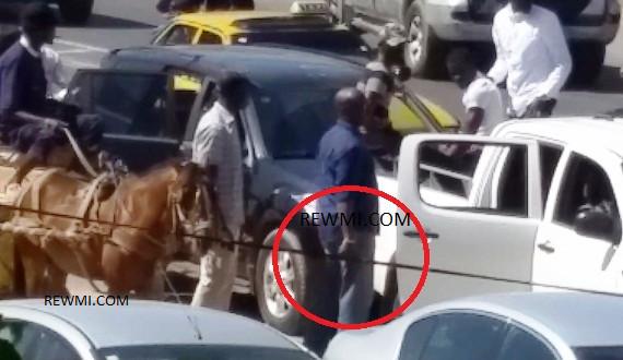 ANCIENNE PISTE : Barthélémy Dias brandit encore son arme