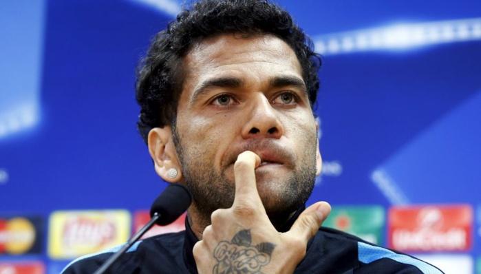 Le Barça censure Dani Alves
