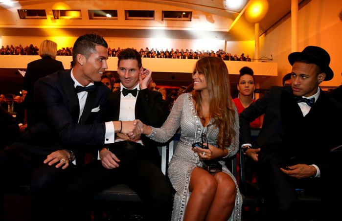 Cristiano, Messi, Antonella et Neymar: c'est la photo de la soirée