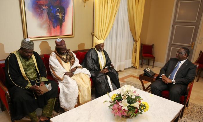 Audience : le Président Sall reçoit des acteurs de la communauté Niassène