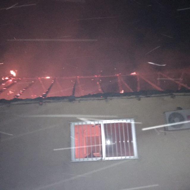 IMAGES : Pour avoir dénoncé l'extraction du sable des dunes du lac rose l'hôtel Salim brûlé.