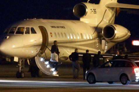 L'avion transportant les ex-prisonniers US en Iran a atterri à Genève