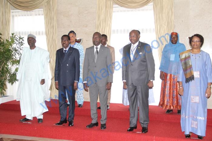 Les images de la cérémonie officielle de la 4ème Assemblée Générale et Session de formation de l'Association des Médiateurs des pays membres de l'Union économique et monétaire ouest africaine ( AMP-UEMOA)