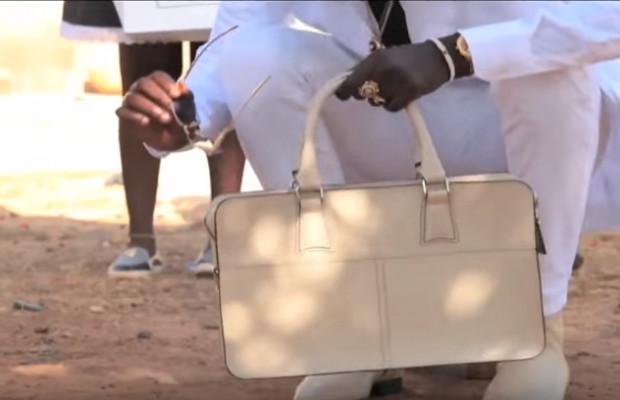 Pour avoir porté un sac à main, un jeune sévèrement tabassé à Guinaw Rails (People.sn)