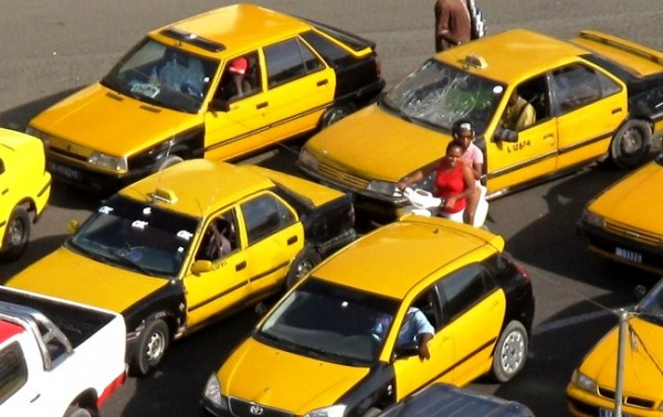 Rond-point liberté 6 : Le colosse et le taximan…