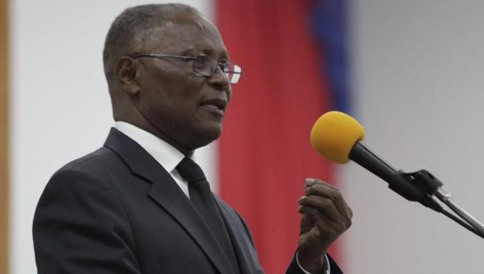 Jocelerme Privert élu président provisoire d'Haïti