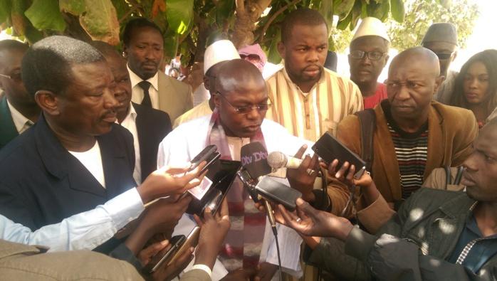 """""""La révision constitutionnelle va consolider les acquis démocratiques"""" (Oumar Gueye)"""