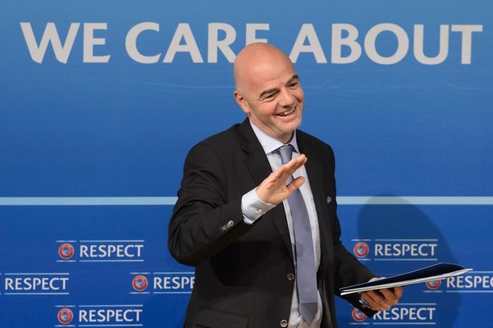 Président de la FIFA : l'Italien Infantino en tête du 1er tour devant le Cheikh Salman, début du 2e tour avec 4 candidats