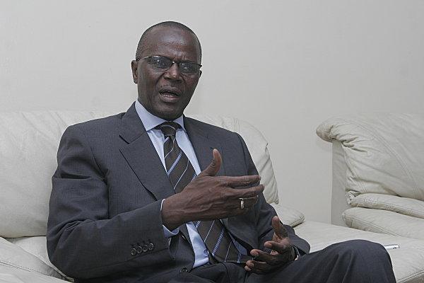 Ousmane Tanor Dieng : « La question de la réduction du mandat présidentiel ne peut se régler que par voie référendaire»