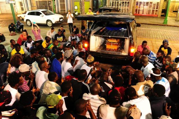 BRÉSIL : Des sénégalais protestent contre l'insécurité à Caxias après le meurtre du jeune Cheikh Tidiane