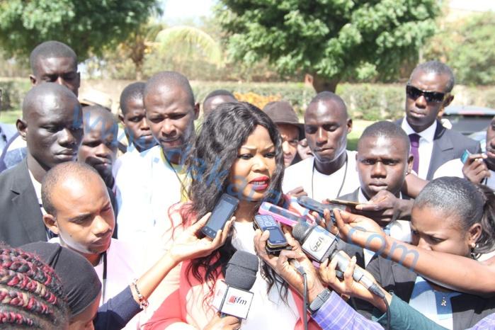 La Présidente de l'UDES/R réaffirme son engagement auprès du Président de la République et lance les « ateliers du Oui »
