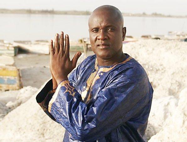 Condoléances : Macky Sall était aussi chez le chanteur Ismaïla Lo