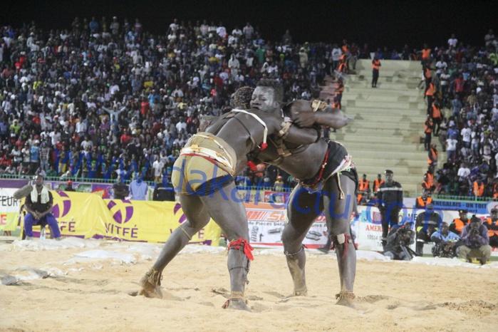 Les images du combat de Boy Niang 2 vs Garga Mbossé