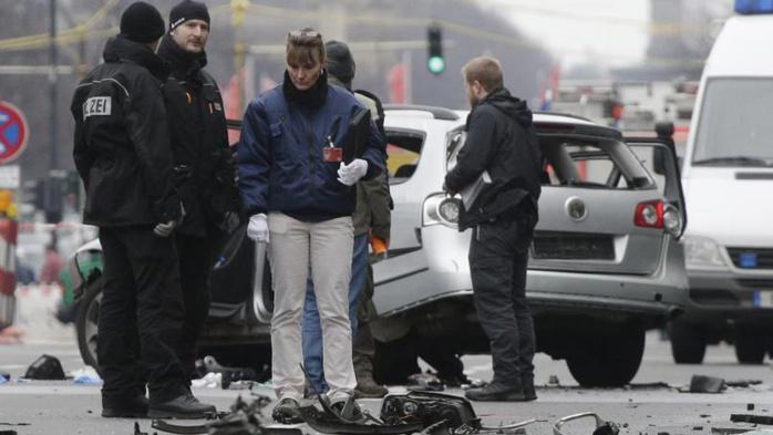 Berlin : Une bombe explose dans une voiture, le conducteur tué