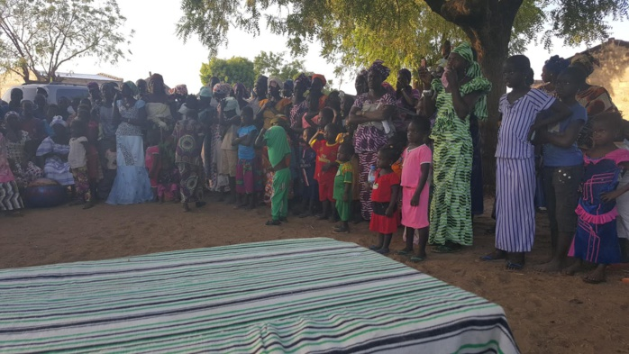 DIARRERRE : La mairesse Thérèse Faye Diouf à fond dans la campagne pour un OUI massif
