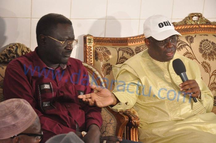 Les images de la Visite du président Macky Sall auprès de la famille Omarienne à la rue 19 x 12 (Médina)