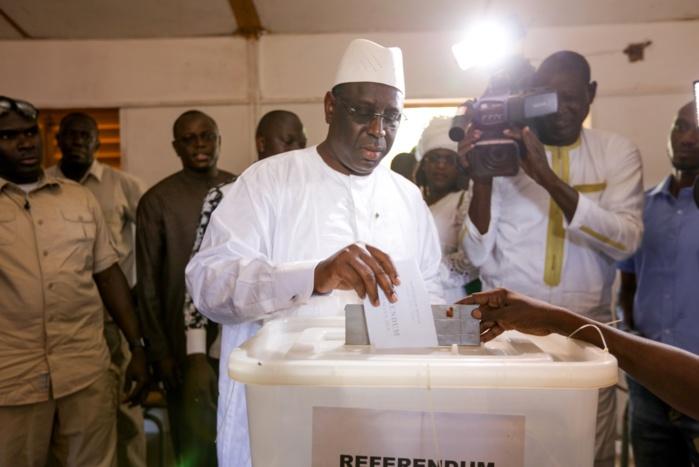 Macky Sall après l'accomplissement de son vote : « Je prie pour que l'intérêt du Sénégal sorte des urnes ce soir!  »