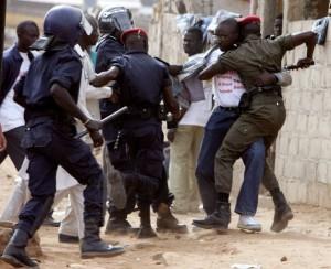 DERNIÈRE MINUTE : Affrontements au centre Barack de Grand-Yoff