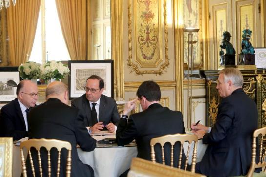 François Hollande : «La France et la Belgique sont liées par l'horreur»
