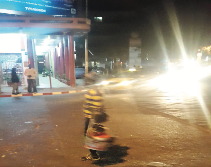 PANIQUE EN CENTRE-VILLE HIER SOIR : La police fait exploser une valise suspecte