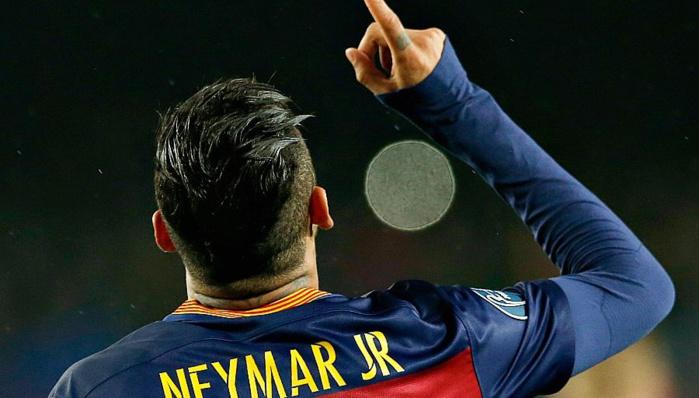 Les 5 personnes qui inspirent le plus Neymar sont...