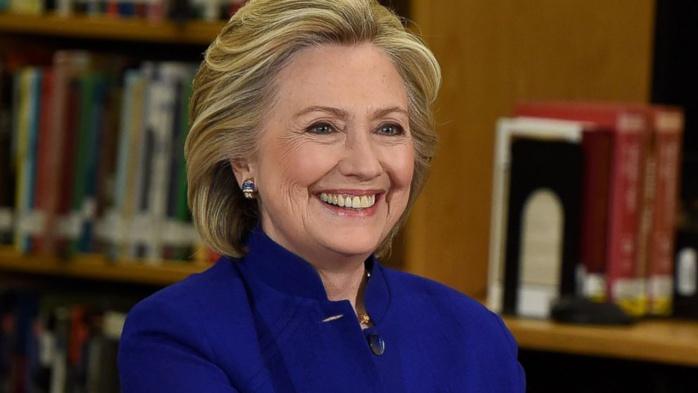 Présidentielle américaine, J-194 : Hillary Clinton et Donald Trump creusent l'écart