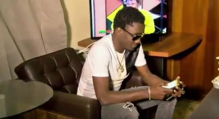 SURPRISE : Wally Ballago Seck débarque dans les locaux de DAKARACTU pour une visite de courtoisie (VIDEO)