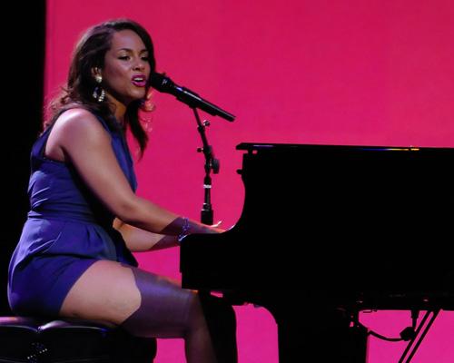 Ligue des champions : Alicia Keys chantera pour la finale