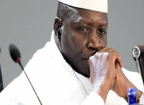 Fermeture de la frontière : Le ministre de l'Intérieur gambien s'agenouille devant le Sénégal