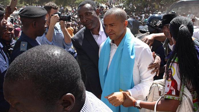 Nouvelle audition de l'opposant congolais Moïse Katumbi, soutenu par des milliers de partisans