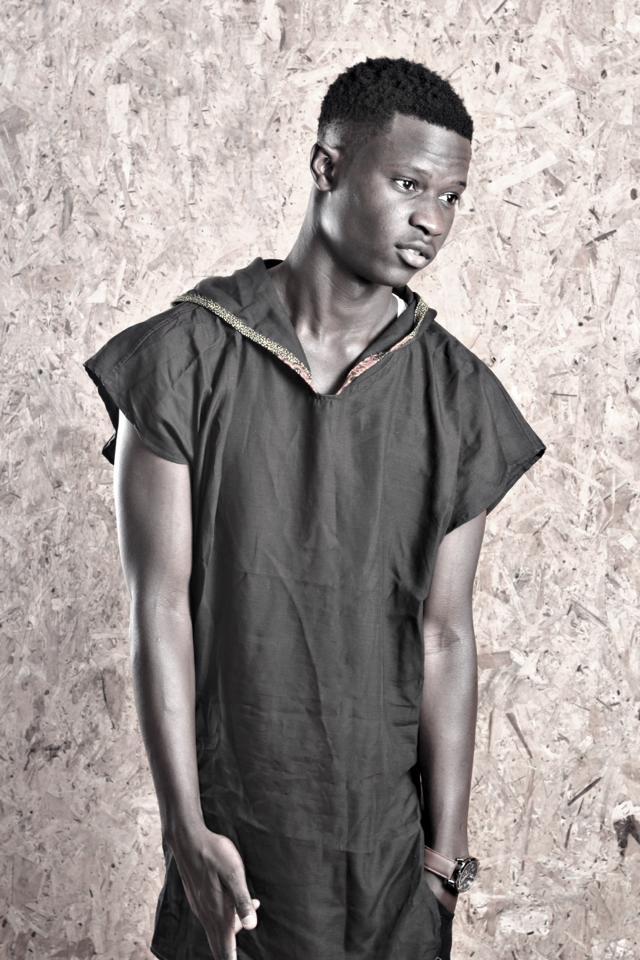 Le jeune rappeur B.M.JAAY étale sa classe et en assomme plus d'un