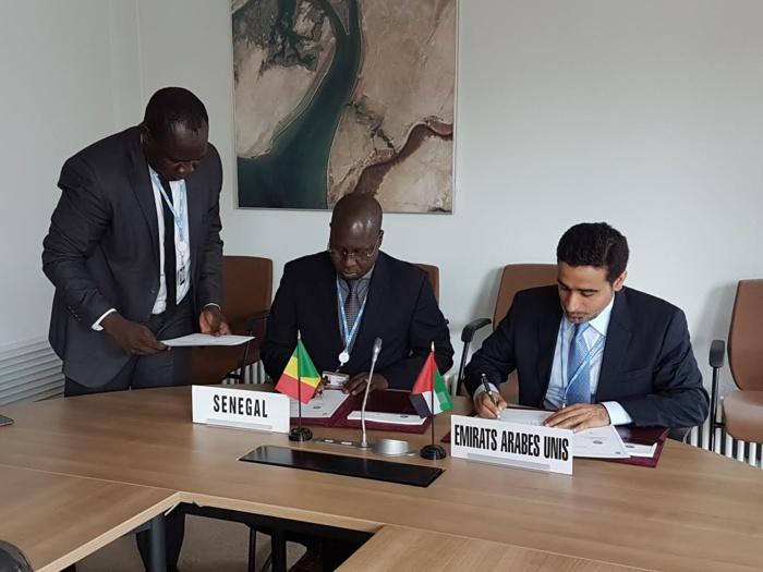 GENEVE : Pour une meilleure pratique dans le secteur des télécommunications/TIC, l'ARTP signe un accord de coopération avec les TRA.