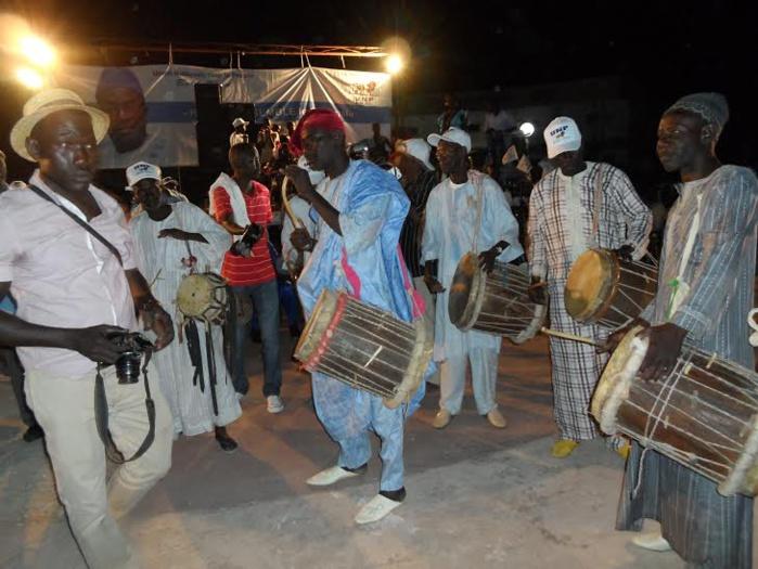 Souleymane Ndéné comme un « Buur Sine »  au rythme des « Jun-Jun »